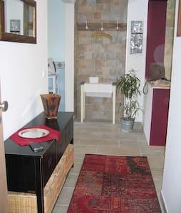 55 qm Wohnung mitten im Pott, offen und hell - Apartament