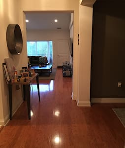 Beautiful & Modern 1 Bedroom +Loft! - Perth Amboy