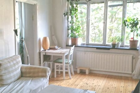Kungsholmen room for three