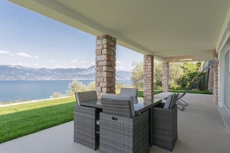 Villa Torri. Quadrupla + Bagno - Haus