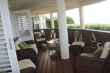 Beautiful Loft Sea View Apartment - Lakás