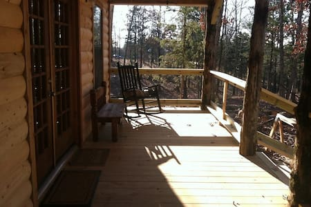 LES Farms Getaway (Serenity Cabin) - De Queen - Cabaña
