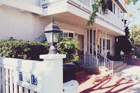 La Jolla Cove Beach Cottage - Leilighet