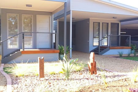 Seagrass Villas 2  at Normanville - Bed & Breakfast