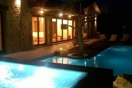 Casadivino - luxury villa - Levkas - Villa