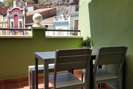 Ático en Plaza Mercadal con vistas - Apartment