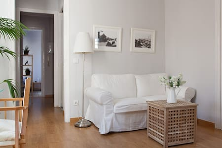 Single Room in Barcelona center