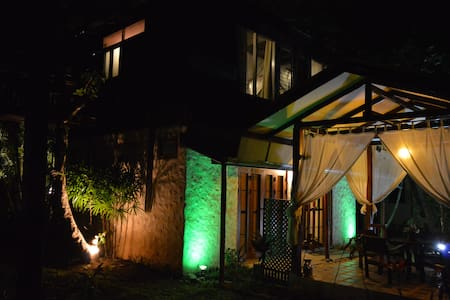Boutique Escape Lanna Garden House - San Kamphaeng - Ev