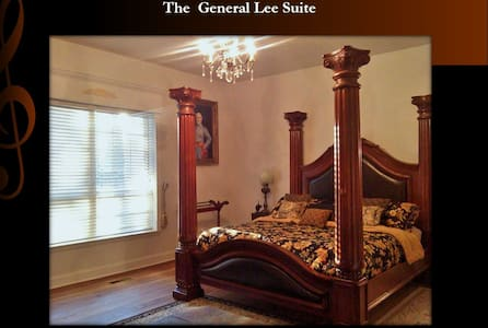 General Lee Suite - Bed & Breakfast