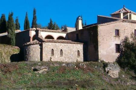 Masia Fortaleza Medieval