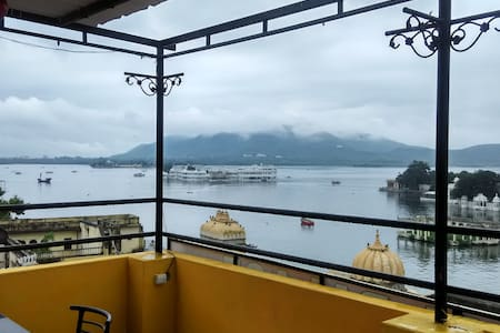 shri udai palace guest house - Udaipur - Bed & Breakfast