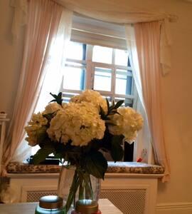 Luxury Highrise Condominium