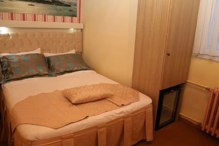 Hanci Single Room - Fatih - Bed & Breakfast
