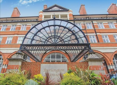 Spacious historic apartment - Bournemouth - Apartamento