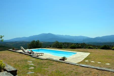 Entre mer et montagne en Roussillon - Vivès