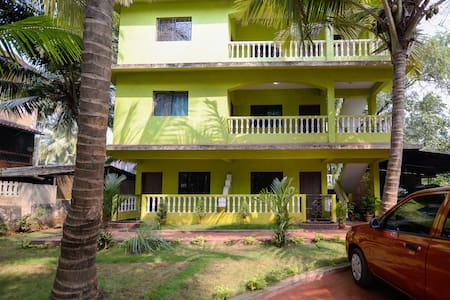 TripThrill Crasto HomeStays - South Goa