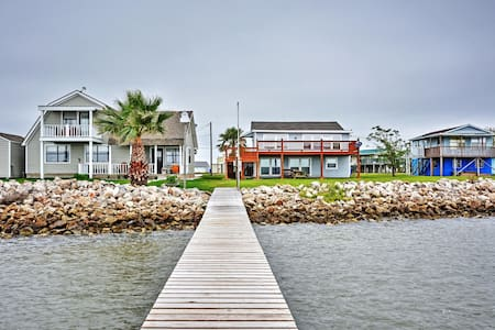 Cozy 3BR Palacios House on Matagorda Bay - House