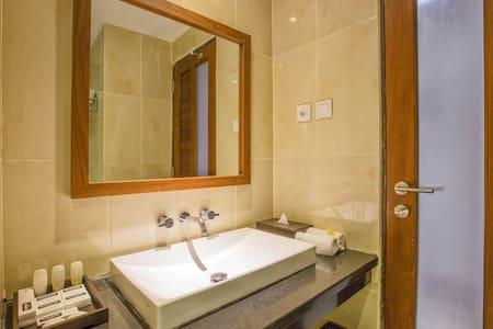 Cozy room at Seminyak Bali - Bed & Breakfast