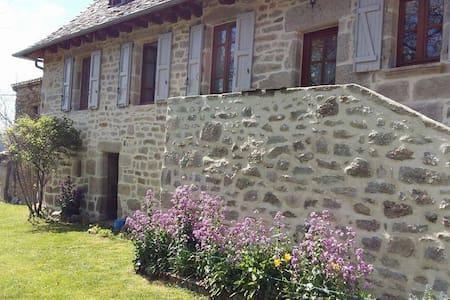 Un coin de Corrèze - Goulles