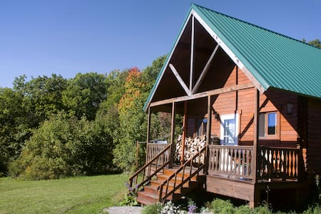 Mountain Queen Log Cabin - Freeville - Cottage