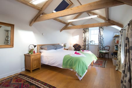 Cosy and quiet garden cottage - Kiln Pit Hill - Casa