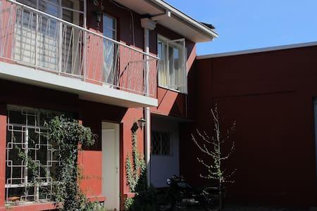 Casa central en Los Andes - Ház