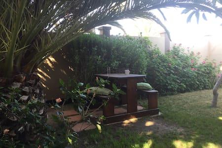 Lovely Modern Garden Flat - Swakopmund - Apartment