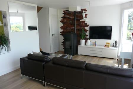 Proche Annecy - Chambre 1 pers - Maison design - Huis