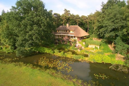 Stay at beautiful spot in Ommen - Pousada