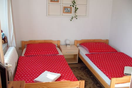 16m² Ferienzimmer BIKERs INN Lebus - Bed & Breakfast