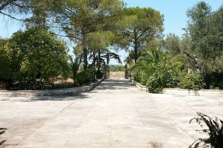 Splendida villa presso Santuario - Oria