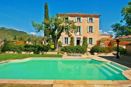 1890s Manor House & Private Pool - Salernes