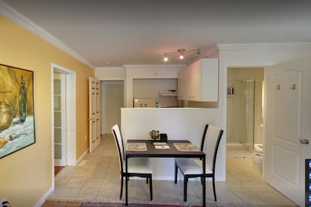 Full private apartment one or two bedrooms - Carleton Place