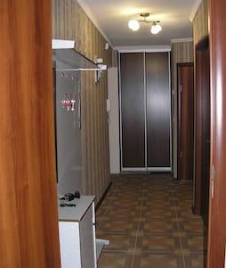Квартиры посуточно Днепропетровск - Flat