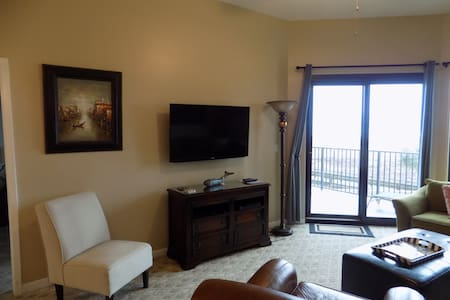 1st Floor Oceanfront Condo 2BR/2BA - Orange Beach - Condominium