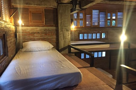 Comfortable Bunk Bed in 8-bed dormitory - Guesthouse