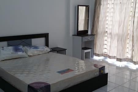 10 mins to UTAR CHERAS Sg Long - Cheras - Apartment