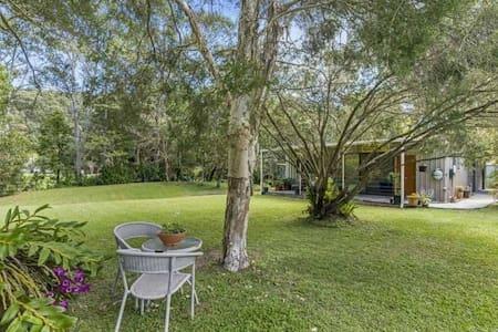 Tranquil cabin in Gold Coast hinterland - Tallebudgera Valley