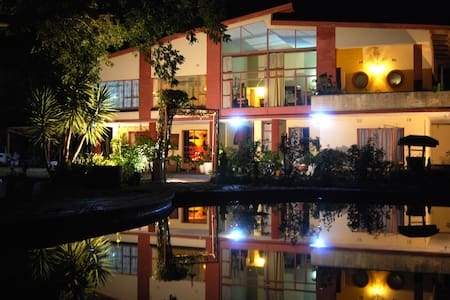 Africa Sun Lodge - Penzion (B&B)