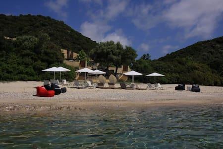 4 BD, Villa, Waterfront in Pyrgadikia Athos - Villa