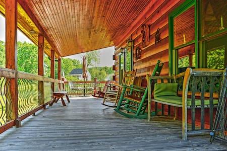 'Lakewood Lodge' - 2BR Claytor Lake Log Home - Maison
