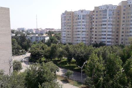 Квартиры1,2,3 комнатные все районы города от 1000р - Apartmen