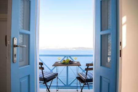 Double Room in Oia with direct Sea & Caldera View - Huis
