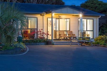 Villa Pacifica Apartment2 - Waiheke Is - Free Car - Lejlighed