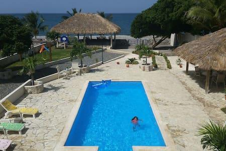 Villa Playa Mia - Villa