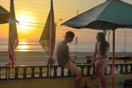 Beach guesthouse, best views in Huanchaco - Huanchaco