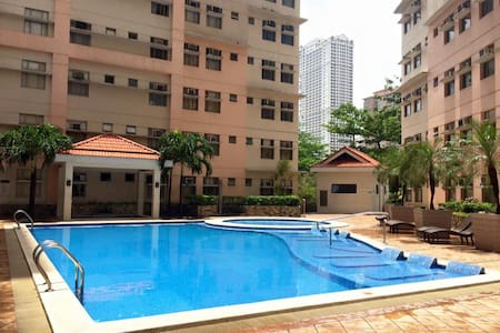 Suntrust Adriatico Garden Unit 18i for Rent - Ortak mülk