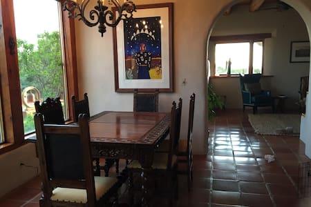 Jodi's Retreat House - Arroyo Seco - Haus