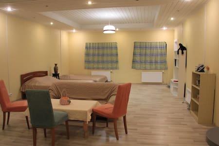 Квартира в 10мин от горнолыжного курорта - Hamina - Huis