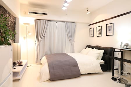Ⅴ~Urban room~ 10 minutes by car from the airport! - Naha-shi